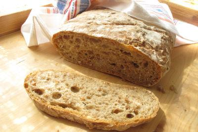 bröd med hela korn